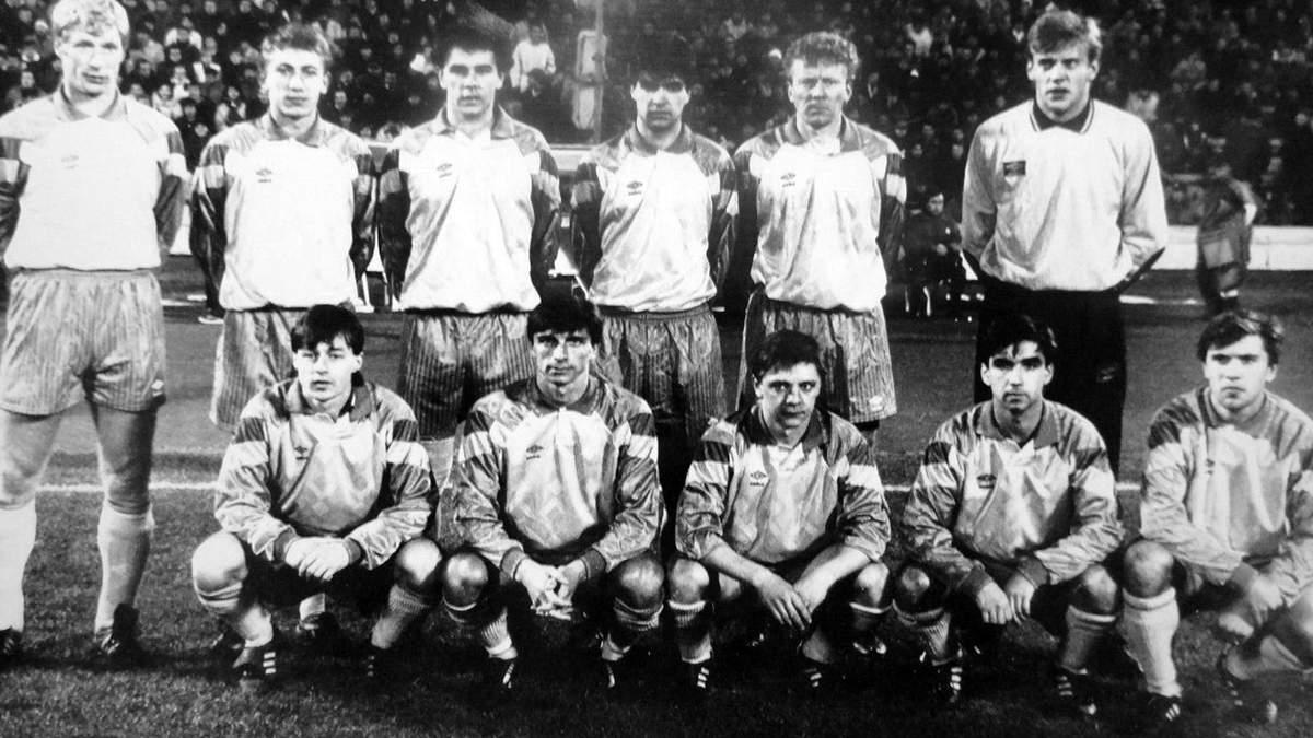 Андрей Полунин (в середине нижнего ряда)