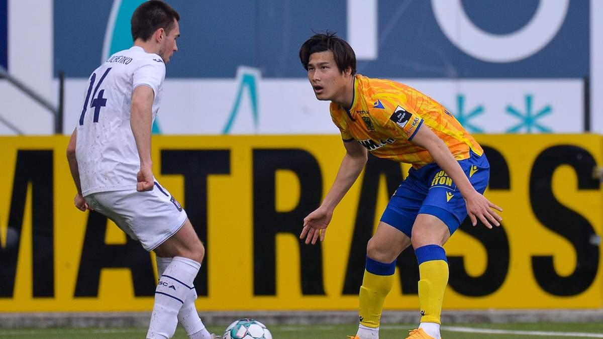 Михайліченко в матчі із Сент-Трюйденом