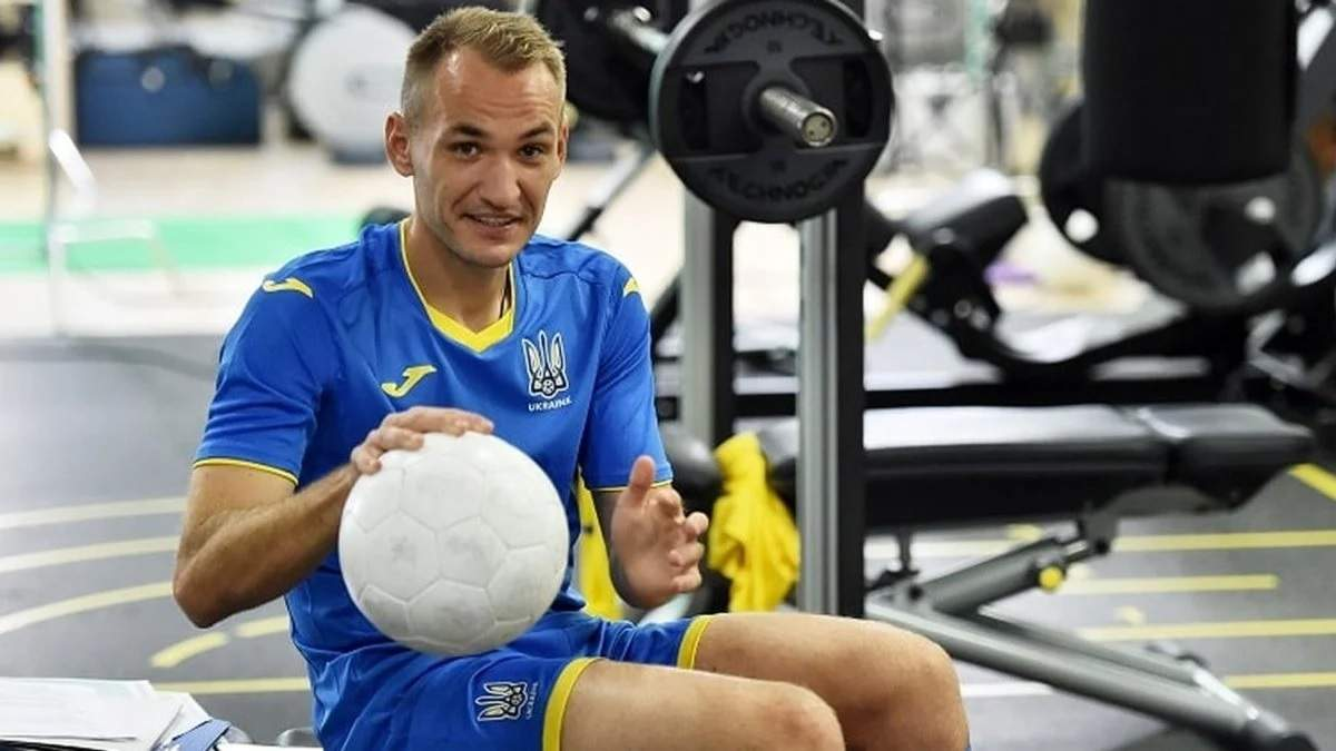 Почуваємося, ніби вдома – Макаренко розповів про комфорт у Румунії і підготовку до першого матчу