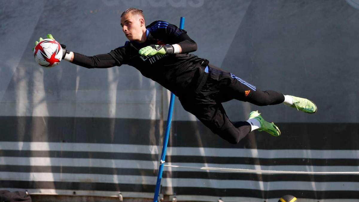 Лунин сыграл за Реал с капитанской повязкой – важный сигнал для украинца