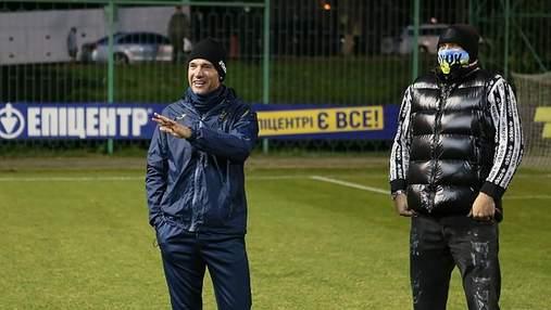 Якщо є проблеми – звертайтесь: як Шевченко представив Усика гравцям збірної України
