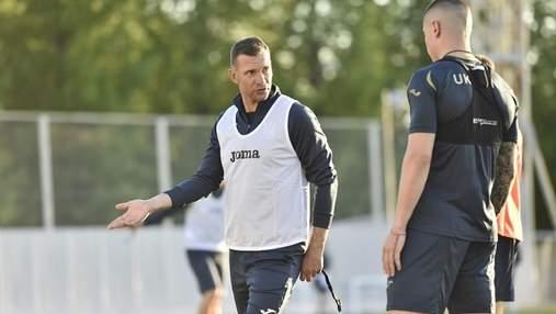 Ошибешься – ничего страшного: Шевченко поддержал молодого Попова на тренировке сборной