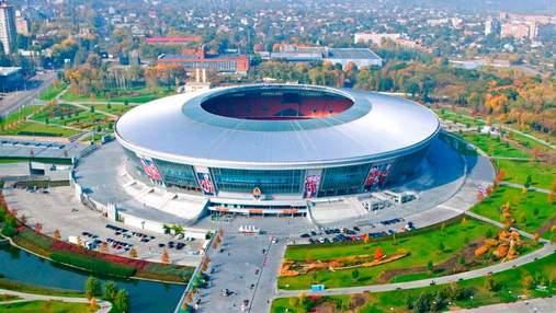 """Уныние и разруха: величественная """"Донбасс Арена"""" страдает от оккупации – впечатляющие фото"""