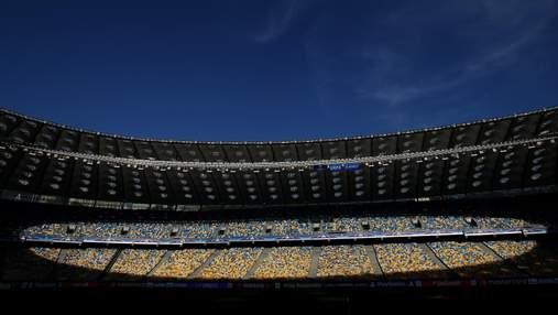Газон може витримати матчі двох клубів і збірної: на головній арені країни оновили поле